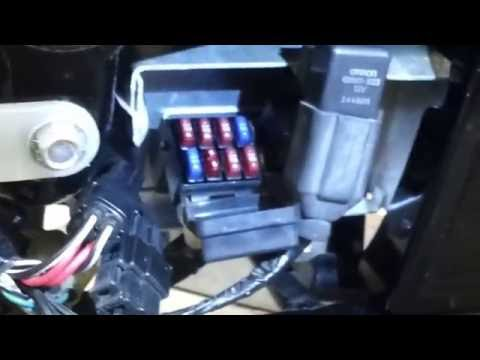 suzuki vl800 c50 main 30 amp fuse box location youtube rh youtube com